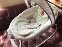 Baby Bouncer - automatic. Excellent condition