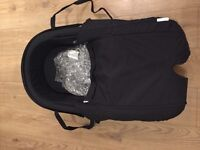Stokke Xplory Carrycot with rain cover