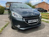 Peugeot 208 1.0 petrol 2014