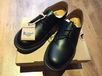 Dr Martens 1461 shoes BRAND NEW size 6