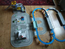 Tomy Tomica Hypercity train and car set