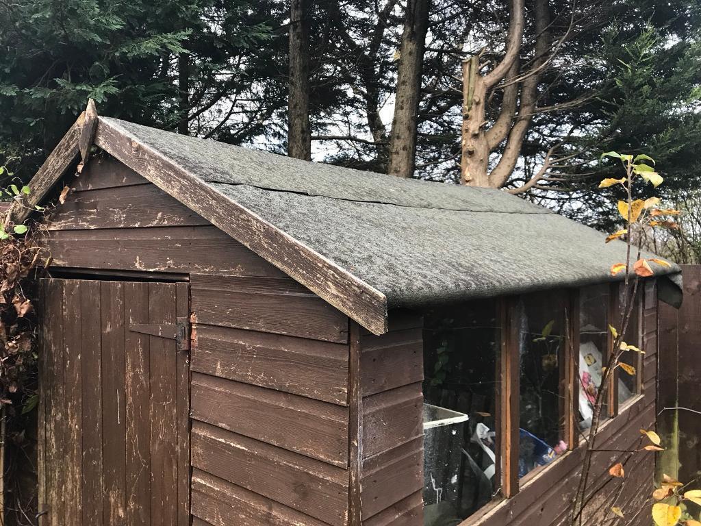 wooden garden shed hut - Garden Sheds Huddersfield