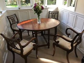 Dining Set - 2-Leaf Expanding Circular Dining Table + 4 Chairs Vintage Style