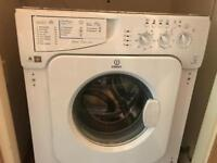 Washing Machine, integrated. Indesit