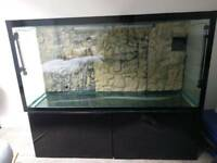 4ft (375L) Black Fish Tank and Cabinet