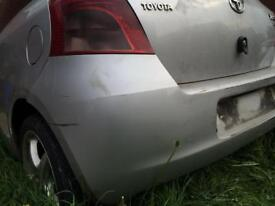 Breaking Toyota Yaris for parts 2006