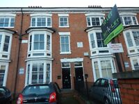 Large 2 Bedroom flat To Let off London Rd on Evington Rd near Leicester UNI Victoria Park Avail NOW