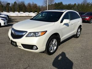 2014 Acura RDX Tech Pkg / NAVI / AWD/ LEATHER/ POWER HATCH