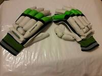 Kookaburra right handed batsmen gloves