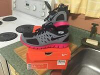 Nike new with box running shoes youth 5.5 ladies 5