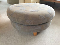 Footstool circular (suitable for conservatory)