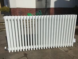 radiator, horizontal, 125 x 60 x 14 cm, very good condition