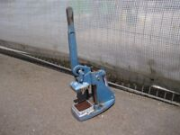CHAMPION bench commercial chipper.