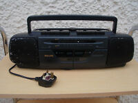 Radio (Philips) with cassette player.