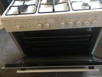 Gas 5 burner, large oven