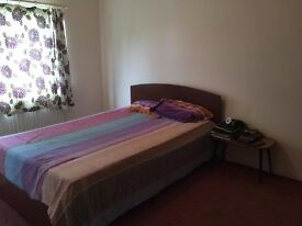 Double room inclusive of bills - near Hatton Cross, Heathrow T4, Staines and Ashford