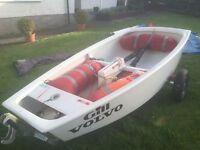 Optimist Boat, 2 Sails, Carbon Fibre Tiller, sail number 5413