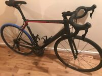 Canyon Ultimate CF SL Size Large road bike in near perfect condition