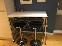 Stylish Bar table and 2 stools