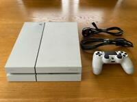 PS4 500GB white with box / rainbow six siege and fifa 21 included