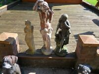 3 super statues in perfect condtion, ideal for garden or memorial.