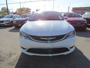2015 Chrysler 200 Limited   HEATED POWER SEATS London Ontario image 2