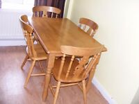 CAN DELIVER - SOLID PINE DINING TABLE + 4 CHAIRS IN GREAT CONDITION