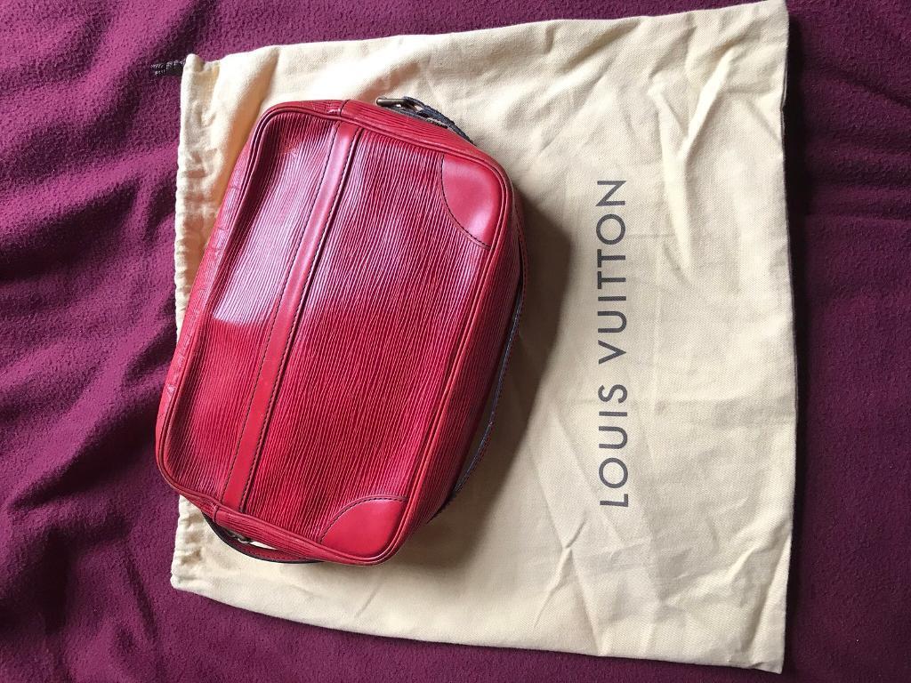 Louis Vuitton LV Trocadero Epi Red Leather Vintage