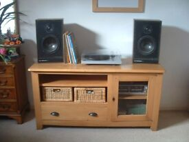 Solid oak TV/media cabinet with glass fronted door