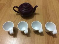 Tea pot and 4 cups