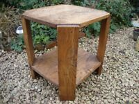 Solid Oak,Delightfully Rustic,Hall/Plant/Lamp Table.( approx 21 inches).