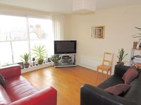Light 2 double bed, 2 bath third floor apartment with a balcony and secure underground parking and .