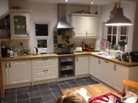 Kitchen for sale howdens tenby