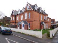 1 bed top floor flat boscombe