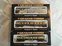 Graham Farish 374-029B / 374-052D x 2 (3 carriages ) (N-Gauge)