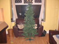 6FT Artificial Christmas Tree (Brand New Boxed)