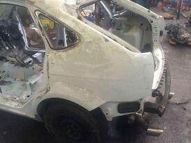 Ford Focus 2009 ST Passenger Quater Panel 5 Door Breaking Car