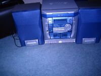 Aiwa NSX SZ 103 Digital Audio System with Speakers