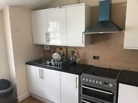Large/spacious double room to rent in Kensal rise.