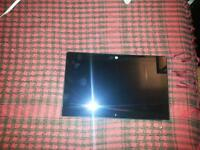 WINDOWS 8 TABLET 10 INCH SCREEN NO CHARGER