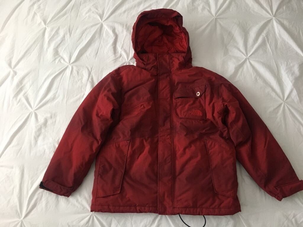 Boys Red Black North Face Jacket Age 10 12 In East End Glasgow