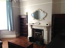 1 bedroom flat garden in Clapham Old Town