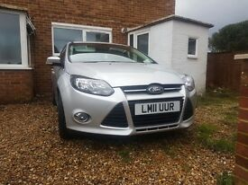 Ford Focus 1.6 low miles!!!