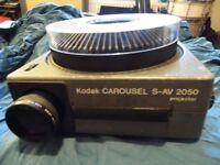 Kodak Carousel S-AV 2050 Slide Projector, for 35mm transparencies