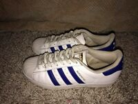 Adidas Superstars *Size 7*