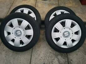 Seat steel wheels an hub caps
