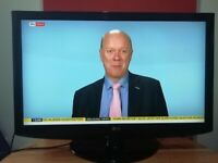 LG 42 inch slim HD LCD TV Built in Freeview, USB Great con-dition