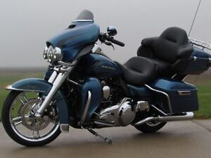 2014 harley-davidson Electra Glide Ultra Limited   $9,000 in Opt London Ontario image 3