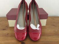 Clarks red ladies shoes. Size 6