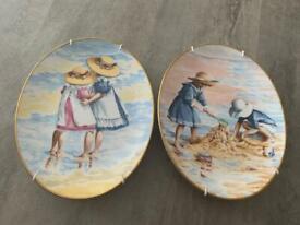 "2 x Royal Worchester Plates ""Edwardian Summer"""
